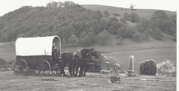 Funeral.wagon.restlawn